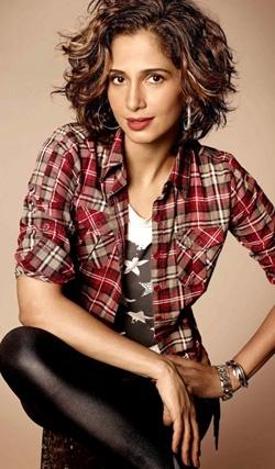 Camila Pitanga http://www.ospaparazzi.com.br/imagem/201208/23114508.jpg