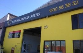 National Windscreens At KEMsigns, We are a professional shop signage company and we deliver well designed signage with attention grabbing visual presentation and up to date photographic printing. We discuss details with you to ensure that we provide you with an excellent shop sign.