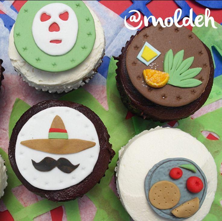 Cupcakes Patrios para festejar el día de nuestra independencia ¡Viva México! :)