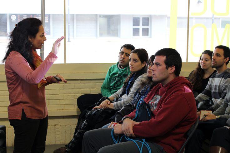 """Nuestra matrona María Teresa Pingarrón Montes dando una de sus charlas sobre """"El embarazo: síntomas, cuidados y motivos de urgencia"""" en el evento de """"Todo Papás Loves Madrid Oct'16"""""""