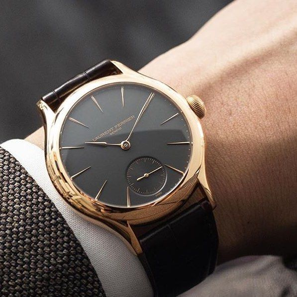 Fashion passes style remains YSL Case: 18k red gold 5n Dial: slate grey red gold indexes Diameter: 40 mm Thank to @watch_xchange  #laurentferrier #watchmaking #horlogerie #time #gold #watchnerd #swisswatch #wotd #swissmade #geneva #watches #precision #history #pure #watchoftheday #reloj #instawatch #swisswatch #watchesofinstagram #horology #hautehorology #hautehorlogerie #wis #womw #watches #watchfam #independentwatch #thebillionairesclub #orology #luxury