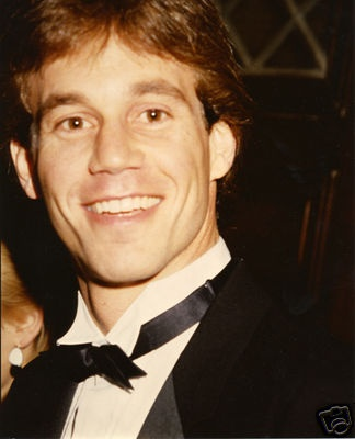 Gregg Marx wins Daytime Emmy for his portrayal of Tom Hughs (1987)