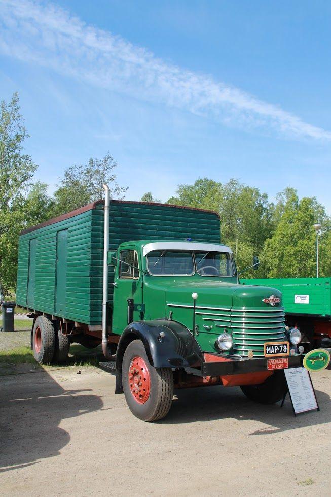 1959 Vanaja with an AEC diesel