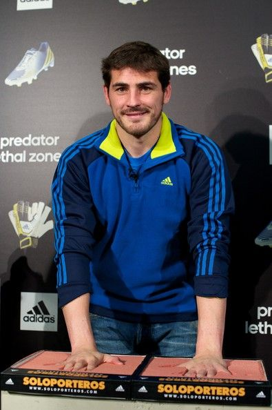 Iker Casillas - Iker Casillas Present New Adidas Predator Boots and Soccer Gloves