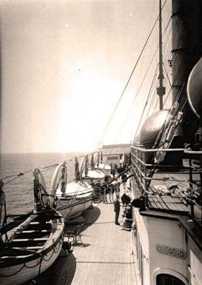 Pictures from the Real Titanic - Titanic...