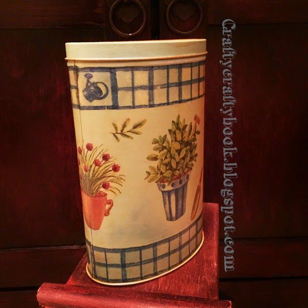 Crafty Crafty Book: Metal can - decoupage