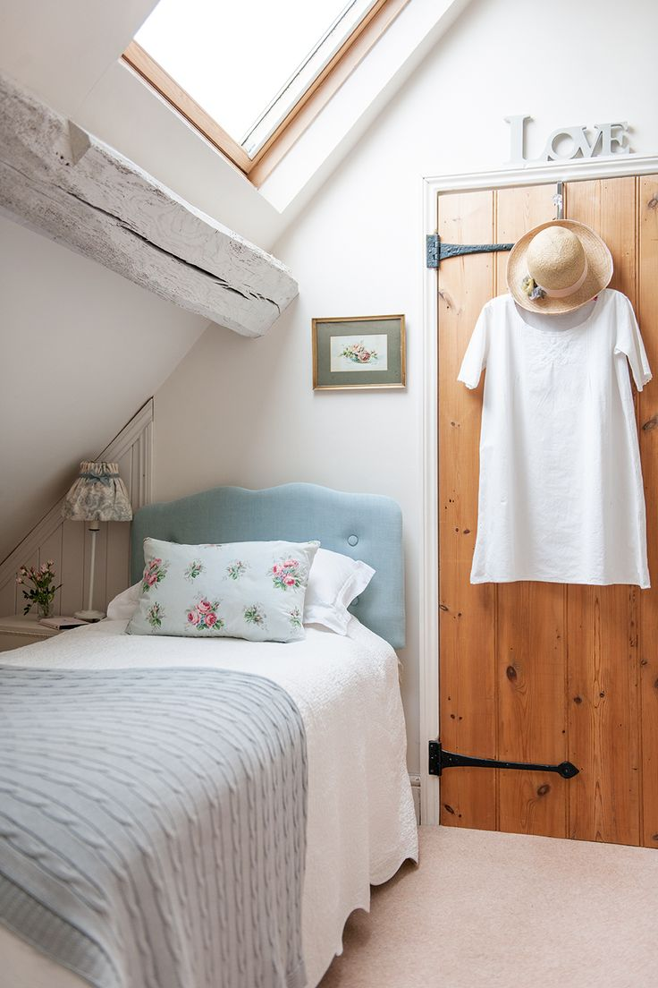 Guest bedroom in cottage