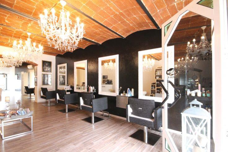 Oltre 25 fantastiche idee su saloni di parrucchieri su for Gamma arredamenti parrucchieri