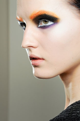 Google Image Result for http://behindthescenesmakeup.com/wp-content/uploads/2012/02/prada.jpg: Prada 2012, Make Up, Iconic Makeup, Fall 2012, Posts, 2012 Beauty
