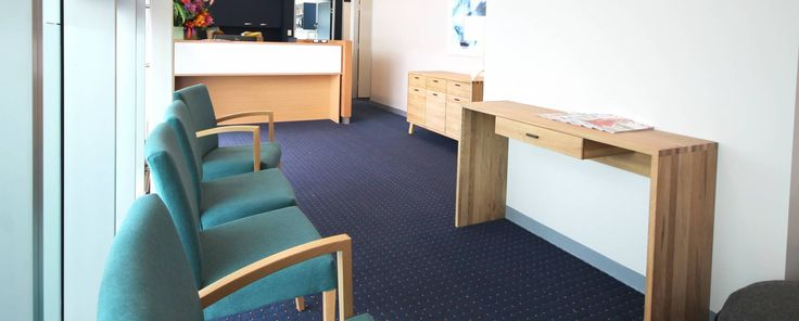 Workspace was pleased to be a part of the Malvern Dermatology refurbishment by Leabrook Hill.  This space is light, contemporary and inviting  with a soft colour scheme of navy, teal, white...
