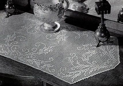 Morning Glory Runner crochet pattern originally published in Doilies, Spool Cotton Book 201. #crochetpatterns