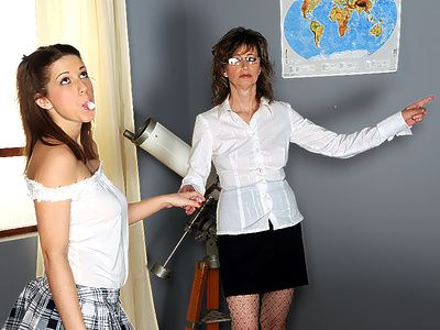 Porn website reports to watch old lesbian xxx clips