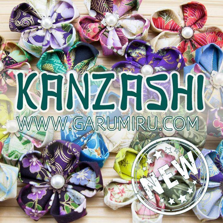 🎉🎉🎉NUEVA COLECCIÓN!!!!!!!🎉🎉🎉  🌸🌼🌺🏵️Broches de flores kanzashi ;)🏵️🌺🌼🌸  🍱🍶🎎🎏🀄🗾⛩️ No nos parecía honorable hurgar en los tocadores de las Geishas y traernos sus adornos pero si que nos confiaron el secreto de sus técnicas de fabricación y así creamos nuestras propias flores con las telas que importamos del Japón.  Las kanzashis son ornamentos para el pelo utilizados en peinados tradicionales japoneses nacidos en la época Edo,  Las elegantes Geishas los usan para adornar su…