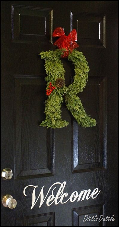 DIY wreath - I'm going to try this...Diy Monogram, Holiday Wreaths, The Doors, Letters Wreaths, Holiday Seasons, Black Doors, Christmas Monograms Wreaths, Front Doors Christmas Wreaths, Initials Wreaths