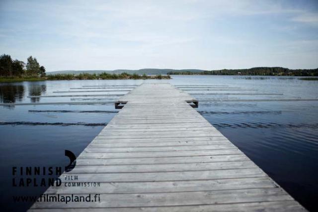 Pier at Raanujärvi lake in the municipality of Ylitornio, Finnish Lapland. Photo by Jani Kärppä. #filmlapland #finlandlapland #arcticshooting