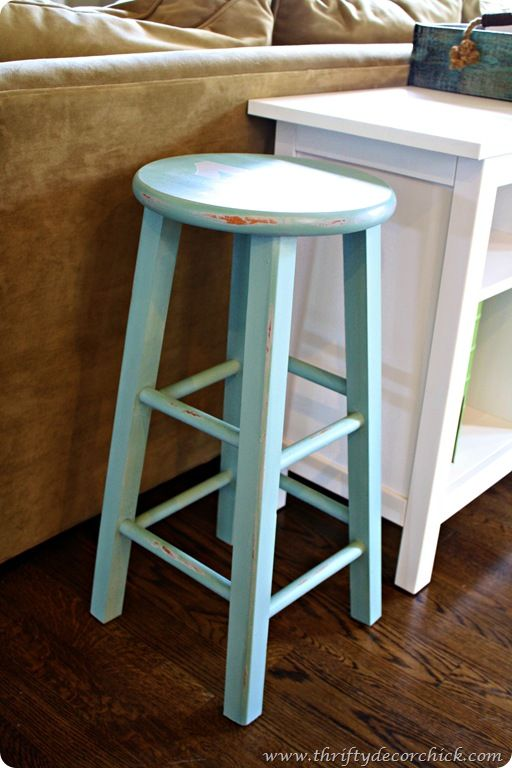 Annie Sloan stool: Paintings Furniture, Chalk Paintings Tutorials, Sloan Paintings, Paintings Stools, Color, Chalk Paintings Projects, Annie Sloan, Bar Stools, Kitchens Stools