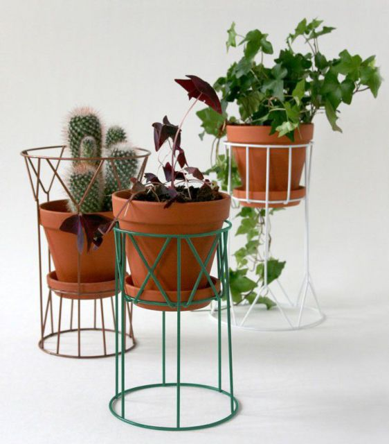 Potted plants and flowers can improve your idea generation, mood and so much more. So why not rearrange your plants this Monday in these trendy pedestals from Wis Collection. They may be used upside down for variety and to place your pots in different heights.