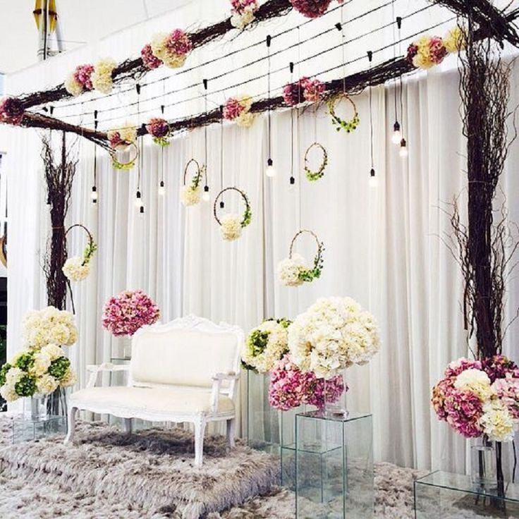 DIY Wedding Decoration Ideas that would surely add glam and sparkle to your  big da… | Wedding stage decorations, Diy wedding decorations, Indian wedding  decorations