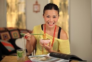 Win tickets to the Barossa Vintage Festival's hottest event - the Yalumba Cooking School & Long Lunch on April 3 hosted by the ever smiley Poh Ling Yeow! Enter now: http://fabulousladieswinesociety.com/2013/03/win-tix-to-the-yalumba-cooking-school-long-table-lunch-at-barossa-vintage-festival-2013/