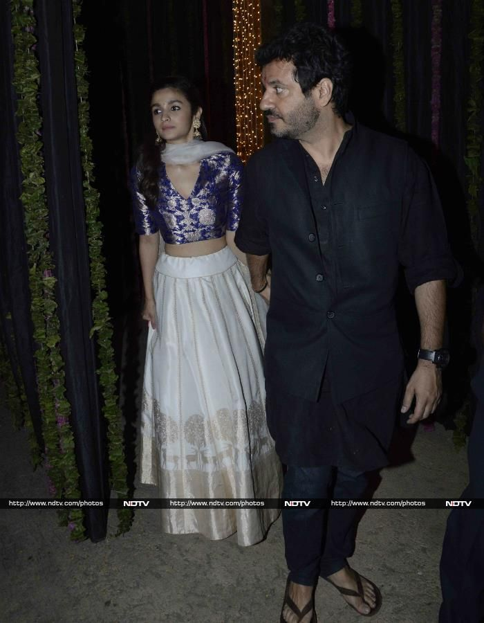Alia Bhatt sizzled in a pale lehenga and blue choli by Sanjay Garg.