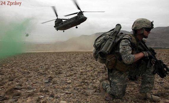 Afghánská armáda se po útoku Talibanu otřásá: Ministr obrany a náčelník štábu rezignovali