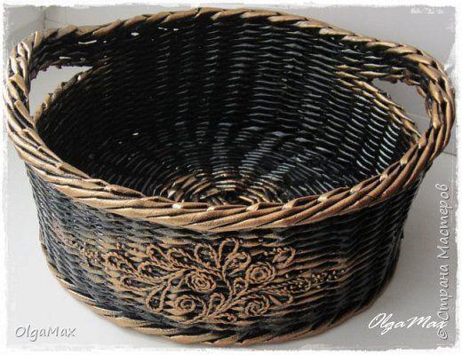Поделка изделие Аппликация из скрученных жгутиков Декупаж Плетение Плетение из бумажной лозы Салфетки Трубочки бумажные фото 30