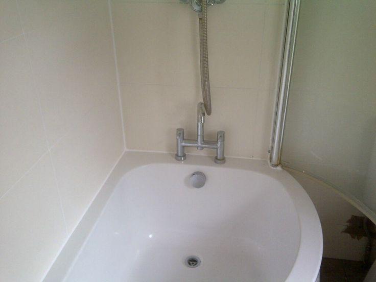 Bathroom tile sealant