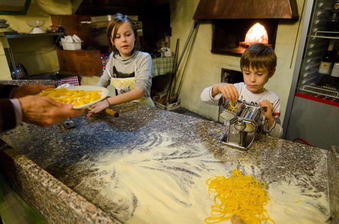 Private Cooking Class in Rome: Pasta Amore and Tiramisu