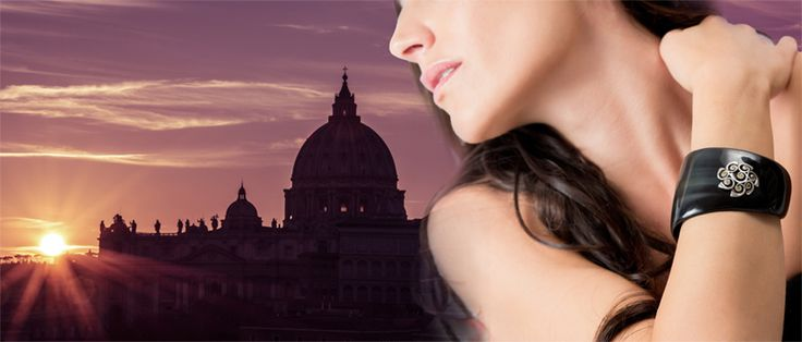 """Solo io Jewels made in Italy ® is an Italian brand located in Rome. Enjoy one of the most well-known sunsets above San Peter's and """"Io Ridente argento dark giallo"""" with its gentle shine. Be inspired on www.soloio.net"""