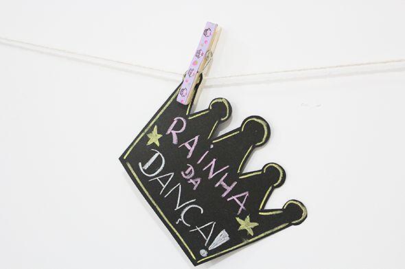 No post de hoje vou dar algumas idéias para uma decoração de aniversário adulto (feminino). Ou adolescente, dá para adaptar ao gosto do aniversariante!