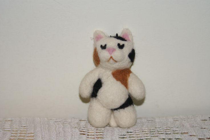 needle felted cat,  gatto di lana scolpito ad ago