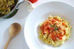 Pasta met scampi's in tomatenroomsaus