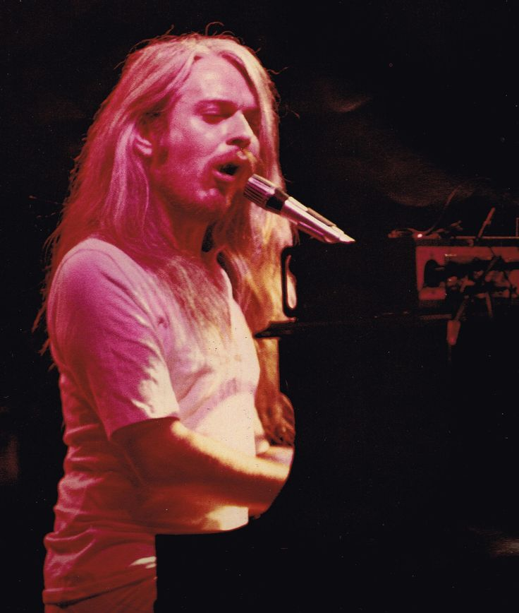 151 best Leon Russell images on Pinterest | Leon russell