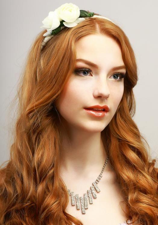 Olá pessoal Nascer com cabelos ruivos é algo realmente raro. Apenas cerca 1 a 2% das pessoas no mundo são ruivas naturais. Isso porque, ser ruivo é resultado de uma mutação genética causada …