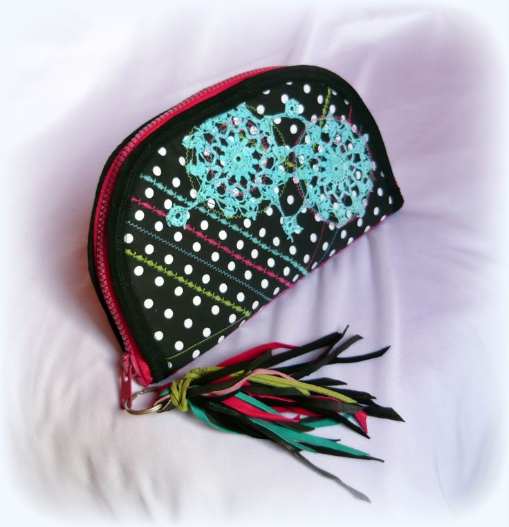 Handmade by Judy Majoros - Fringe-crochet wallet-clutch with polka dots, and multicolour leather fringe. Recycled wallet-bag.