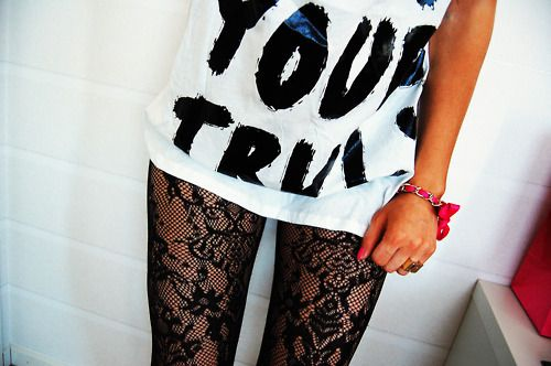 Super cute!!! Love the lace tights and tshirt