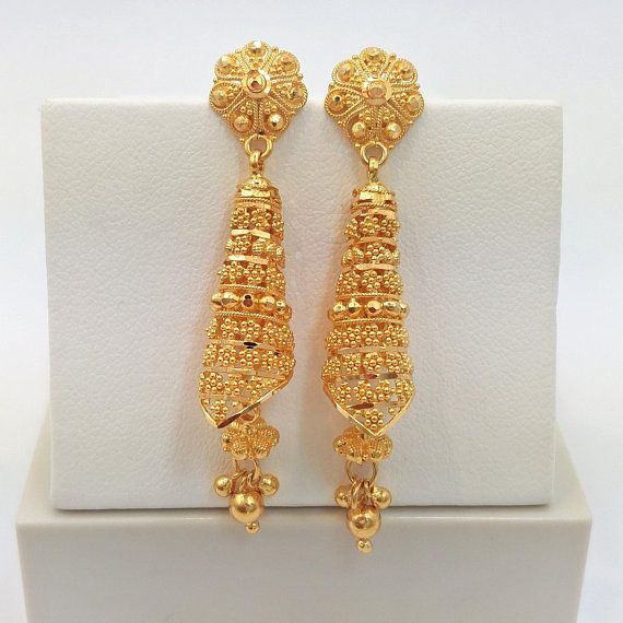 Welcome To Our Etsy Shop 22k Gold Beauty Please Check The Video And More Pictures Of This Gold Earrings Designs Gold Jhumka Earrings Gold Jewelry Fashion