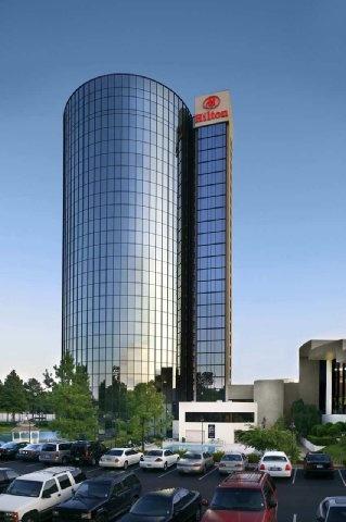 Hilton Memphis   Memphis, TN - Dog friendly hotel in Memphis, TN