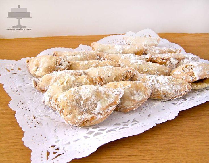 Receta de los Exploradores de Cartagena. Una empanadilla dulce por fuera y salada por dentro, es una delicia.