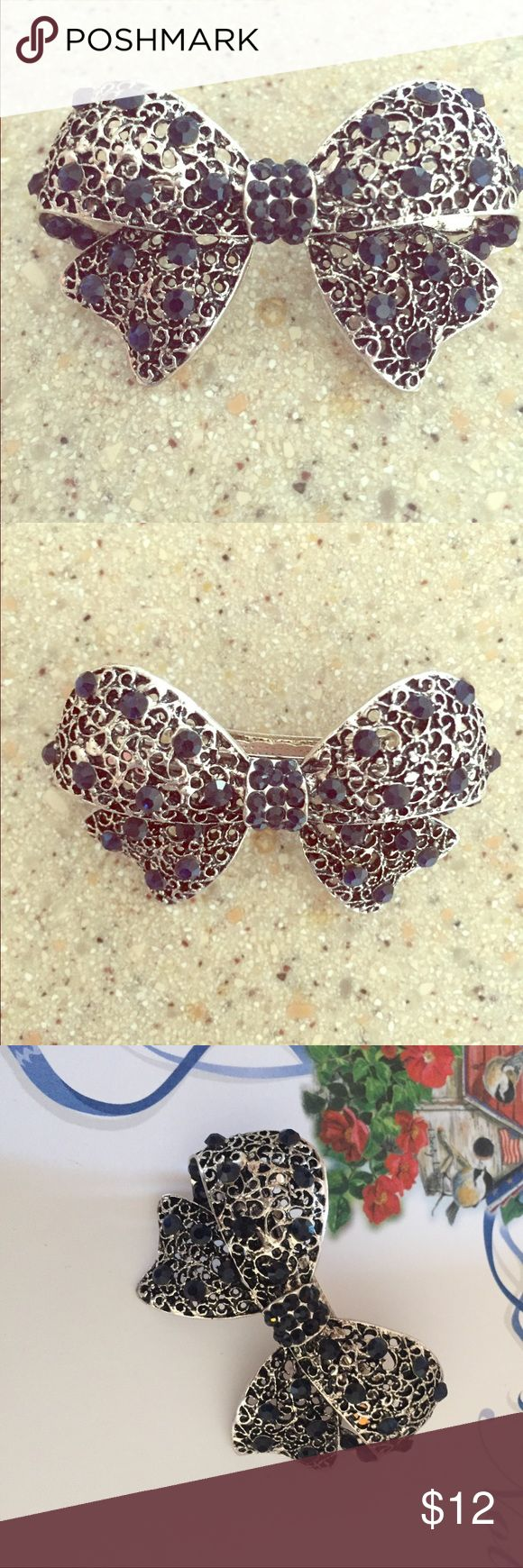 💋 New silver black rhinestone bow hair clip 💋 This is a new hair clip as seen in pictures it is a beautiful antique style silver bowl covered in the center with black rhinestones and then elegantly crafted with generous black rhinestones throughout the bow Accessories Hair Accessories
