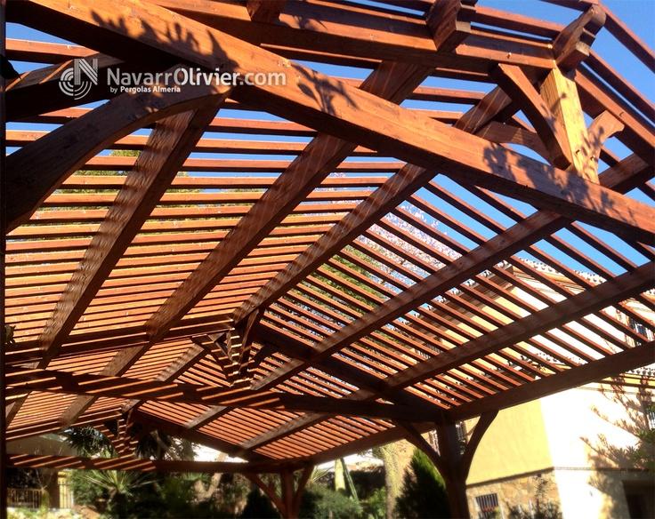 Estructura de madera estilo rustico tradicional for Kioscos prefabricados de madera