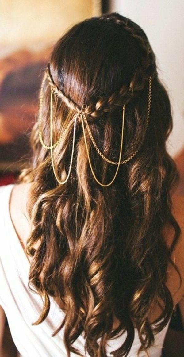 bijoux de tete en or, air moderne, cheveux longs