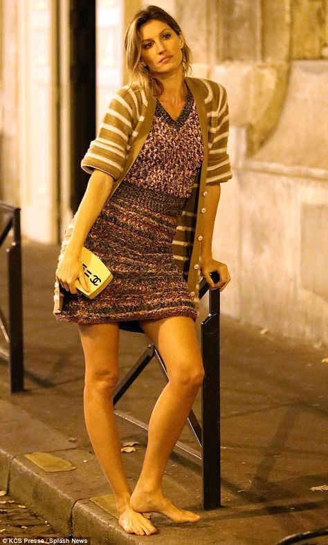 Gisele Bundchen Flashes Her Toned Midriff During Paris Photoshoot