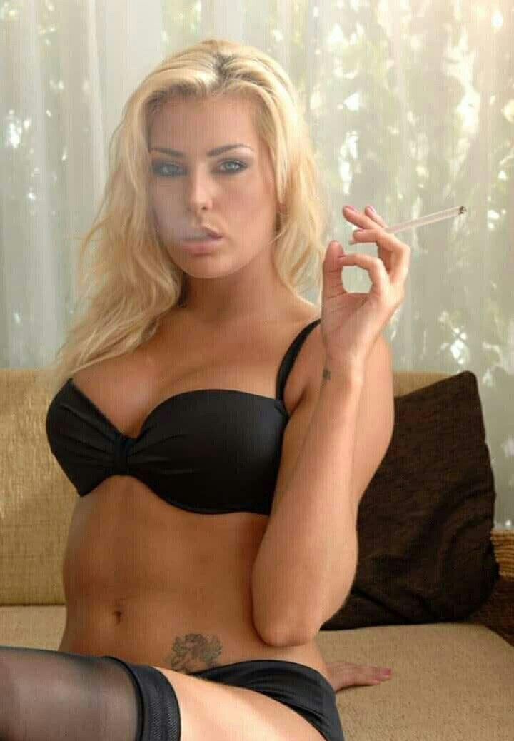 Nice looking girl goes nude 8