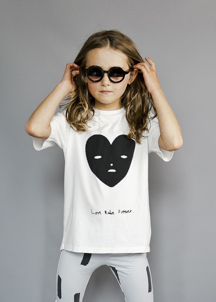Beau LOves heart face tee, perfect for the monochrome obsessed.  From SS17 collection and available at Baby Dino here: http://www.babydino.com.au/brands/beau-loves.html
