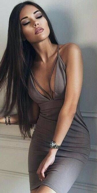 Sexy girls with hot boobs in high definition quality.