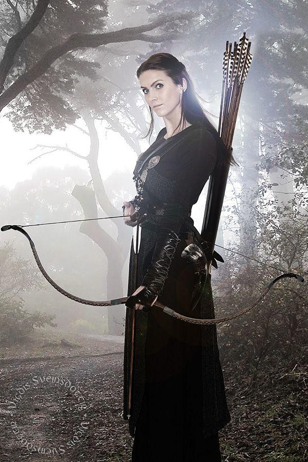 Viking woman. History reenactment from VigdisSveinsdottir.com