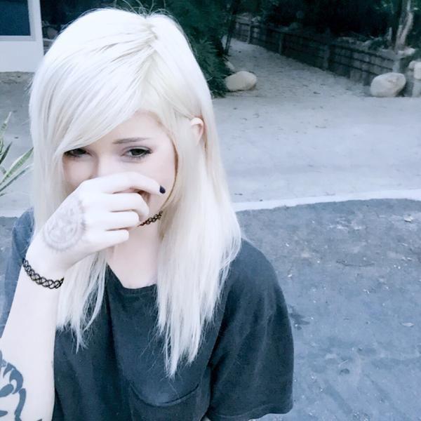 adorable, alt girl, alternative, dyed hair, kawaii, leda, leda muir, ledamonsterbunny, pastel goth, pastel hair, tumblr, white hair, youtube, ledabunny