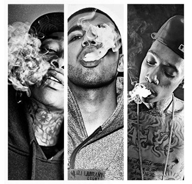 wiz khalifa smoking weed wallpaper