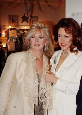 Connie Stevens & her actress daughter Joely Fisher, she also has a 2nd daughter Tricia who is her youngest. Their Dad is Connie's ex husband Eddie Fisher